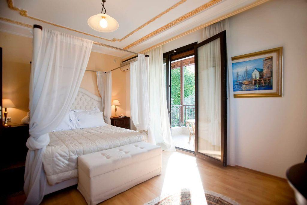 hotel-kymata-suites-domatio (4)